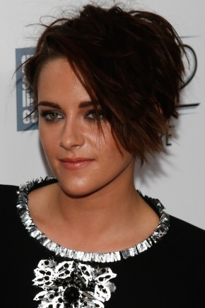 Kristen Stewart short hairstyles with bangs 2015
