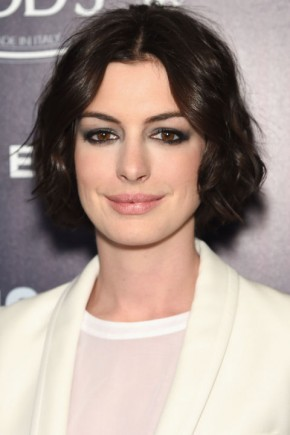 Anne Hathaway Hair Colors 2015 Summer