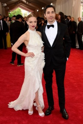 Justin Long and Amanda Seyfried Celebrity Hairstyles 2015