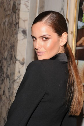 Izabel Goulart Ponytail Hairstyles For Work