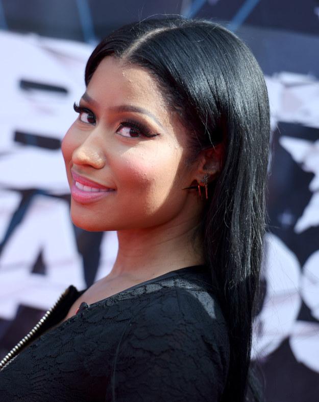 Nicki Minaj BET awards 2015 hairstyles