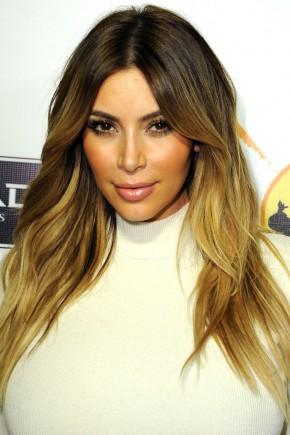 Kim Kardashian beach waves hair 2015