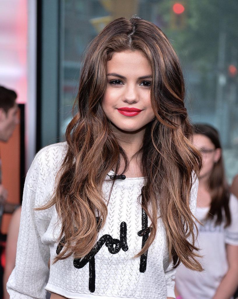 Selena Gomez beach waves hair 2015