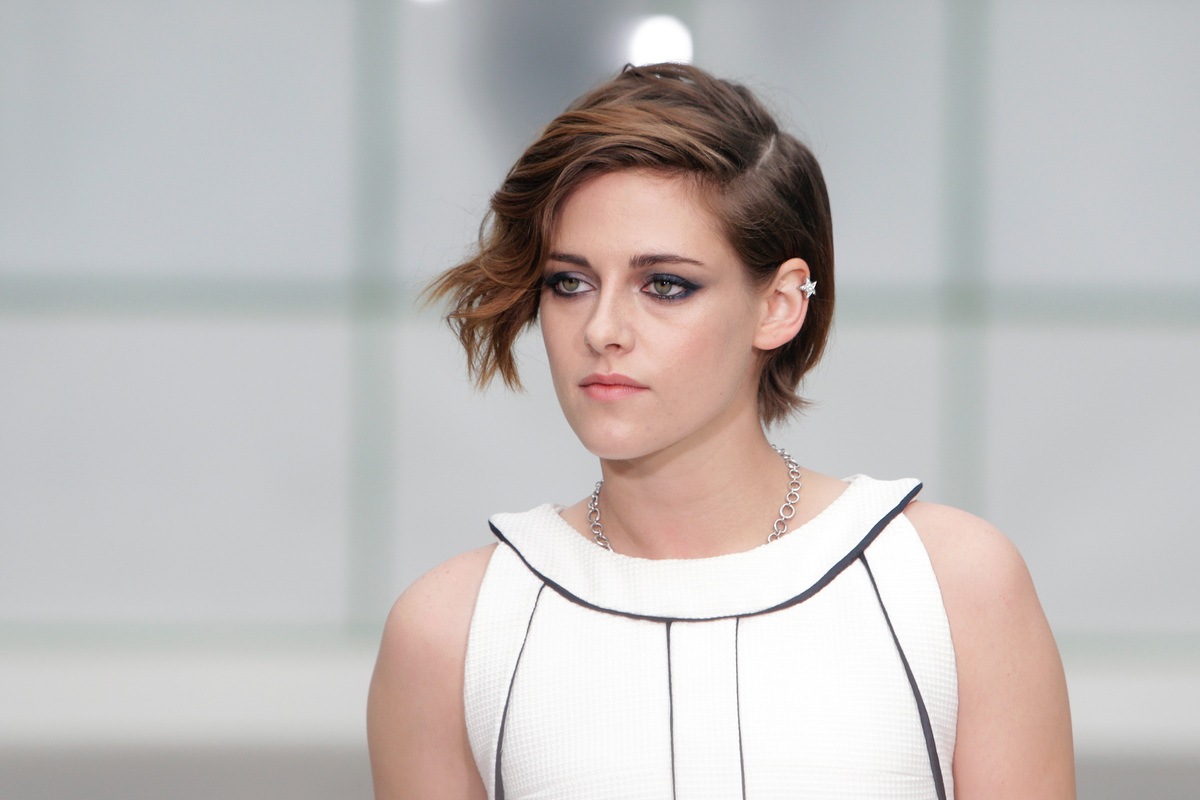 Kristen Stewart short summer hairstyles 2015