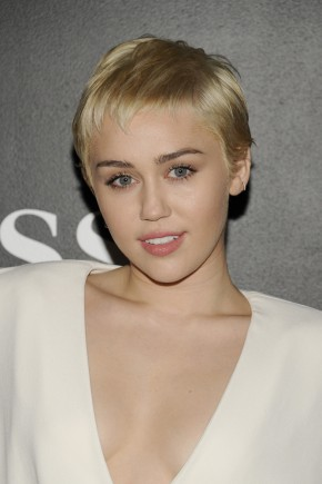 Miley Cyrus short summer hairstyles 2015