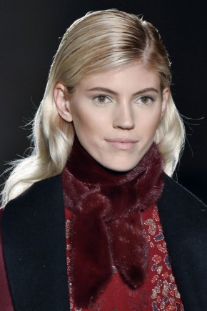 wet effect hairstyles fo fall 2015 at Zac Posen