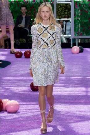 Christian Dior wavy hairstyles 2015 Fall Winter
