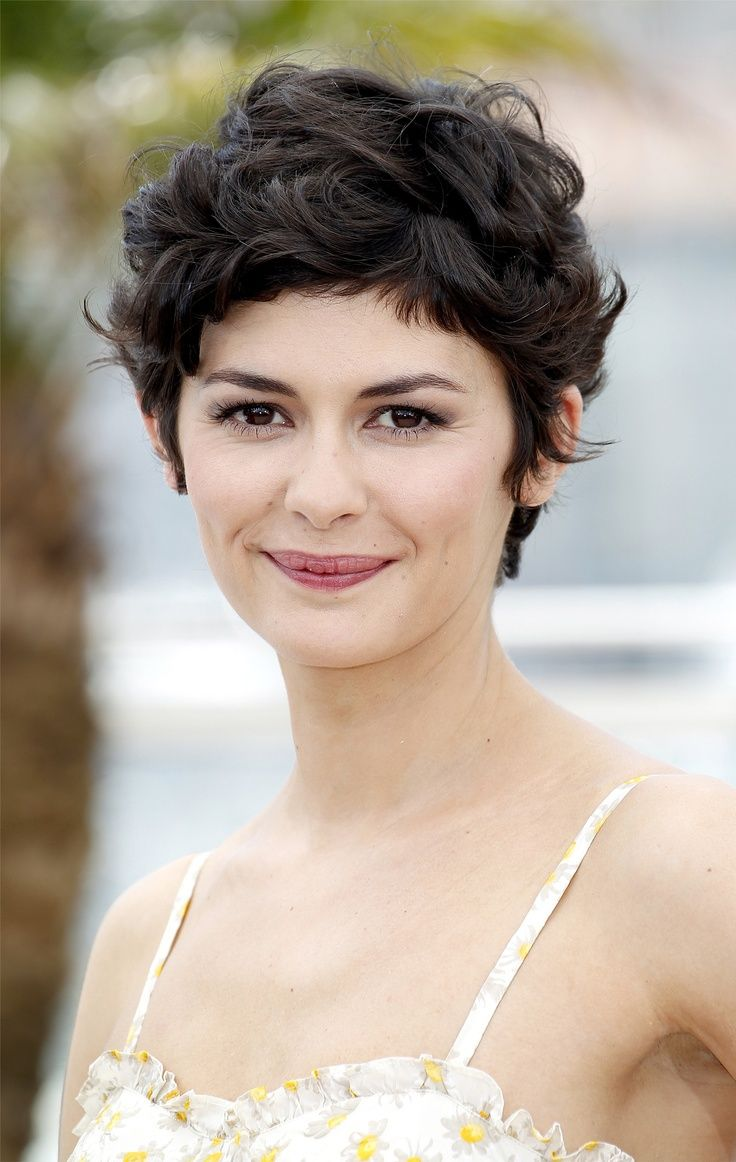 Audrey Tautou short curly hairstyles