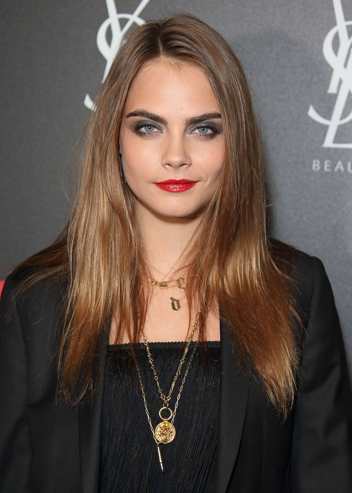 Cara Delevingne Hair Colors for 2016 Winter