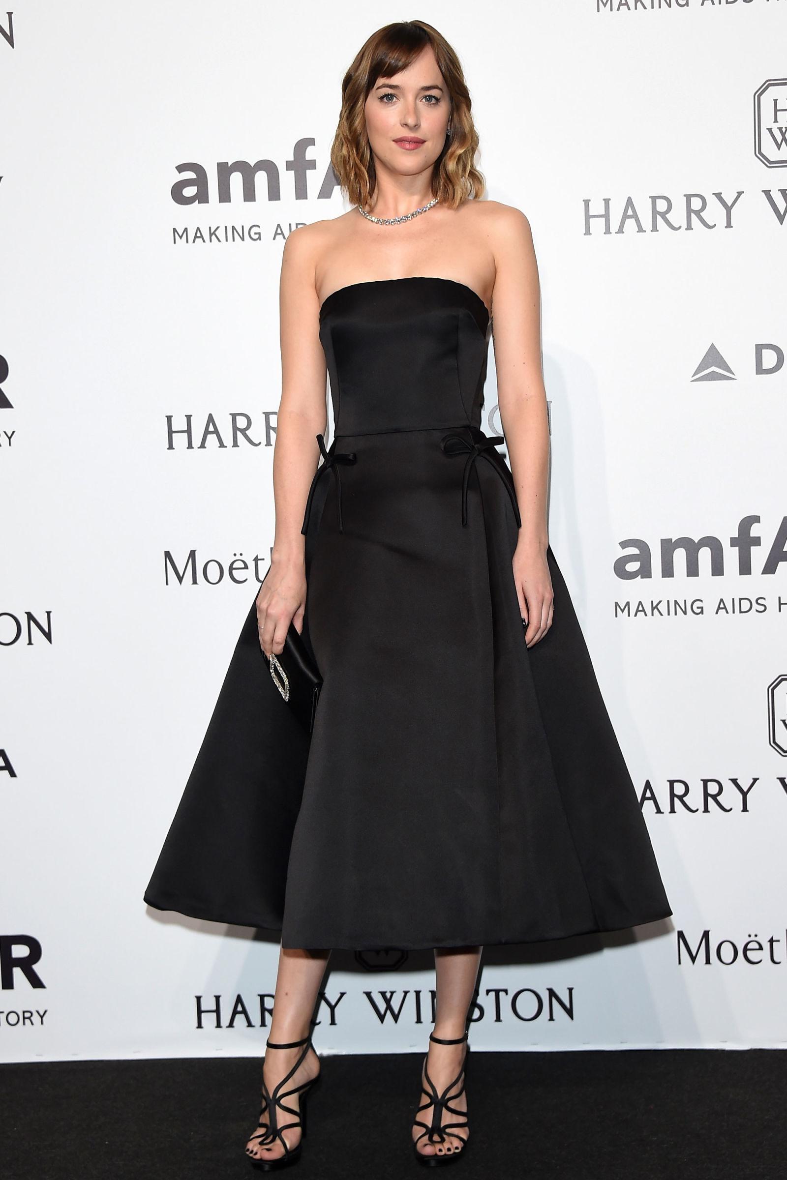 Dakota Johnson hairstyles 2016