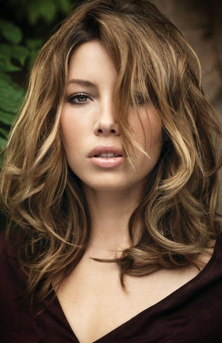 Jessica Biel Long Hairstyles 2016