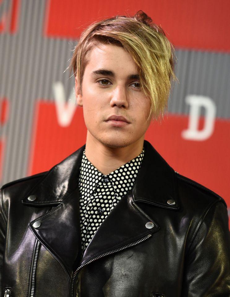 Justin Bieber Celebrity Hairstyles VMAs 2015