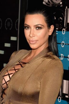 Kim Kardashian Celebrity Hairstyles VMAs 2015