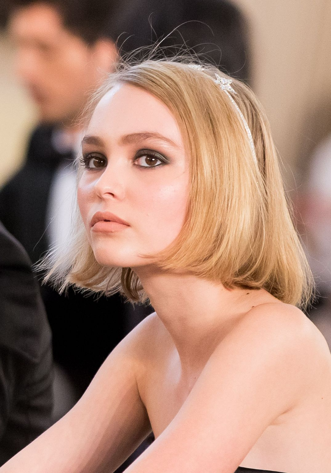 Lily Rose Depp Hair Colors for 2016 Winter