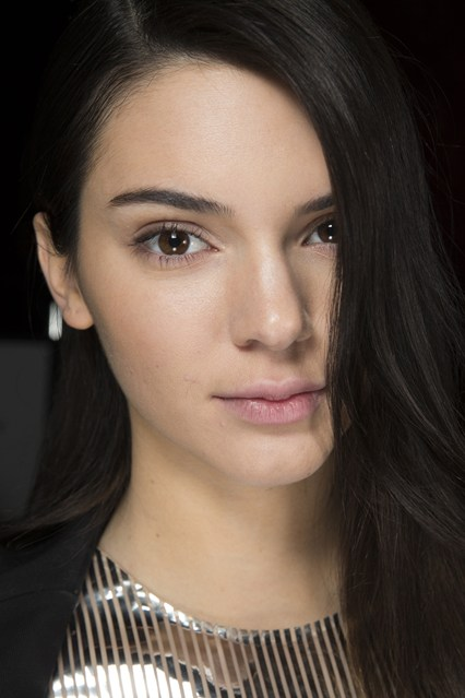 Kendall Jenner Winter 2016 Hairstyles