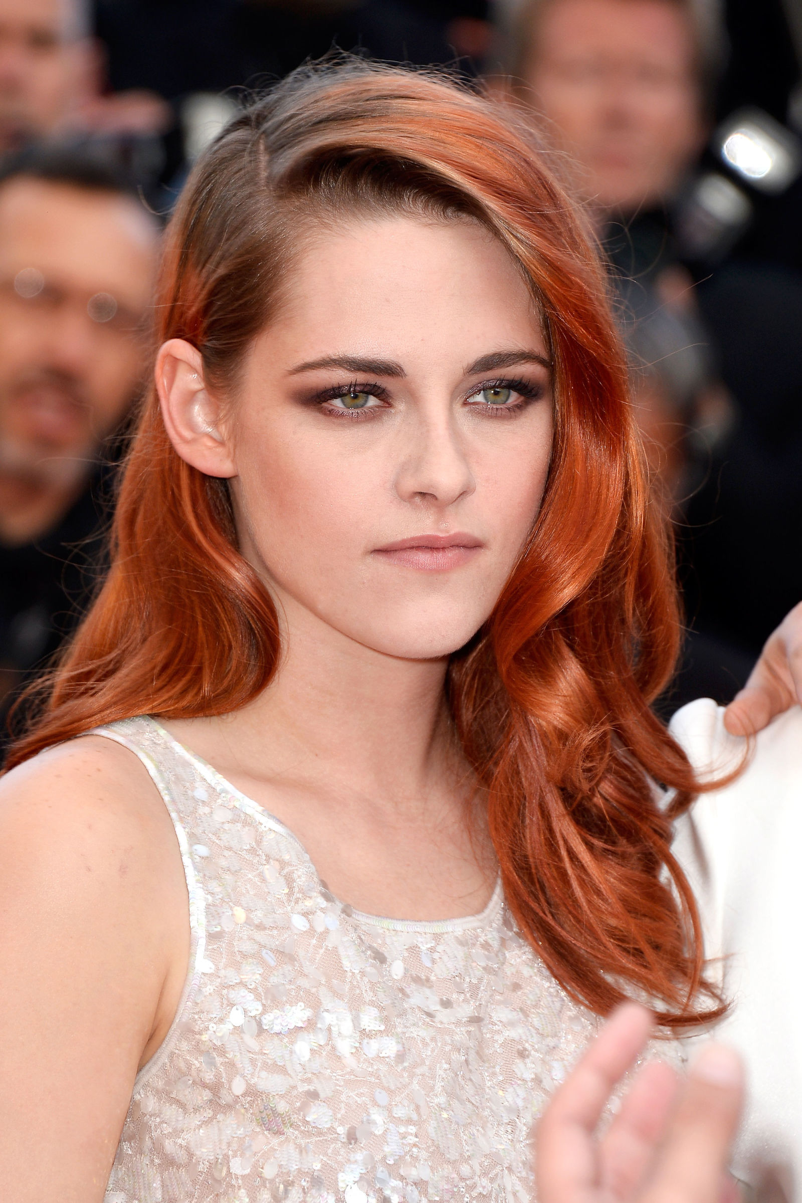 Kristen Stewart red hair colors 2016