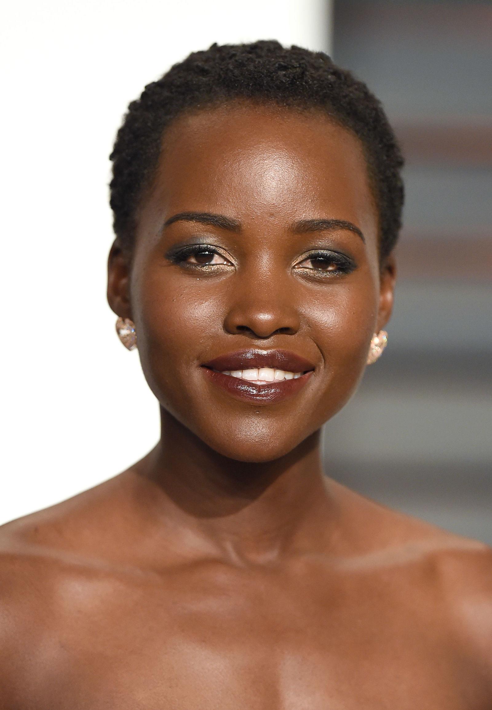 Lupita Nyong'o short Afro hairstyles