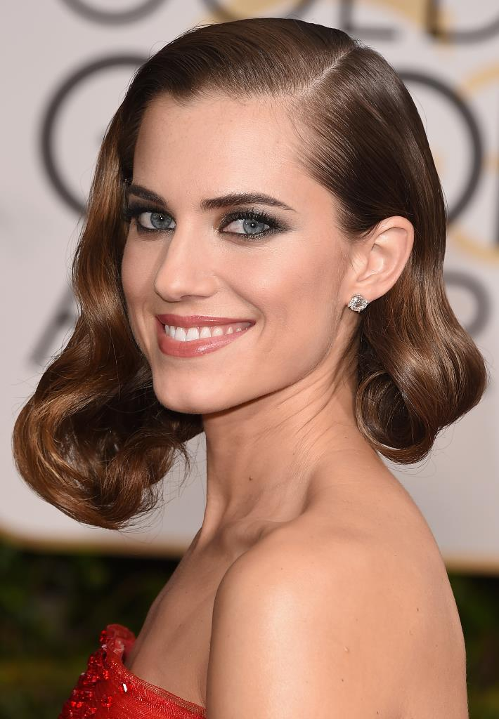 Allison Williams Holiday Hairstyles 2016