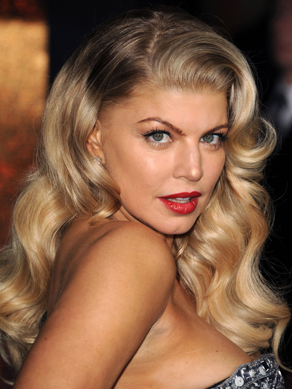 Fergie Vintage Party Hairstyles for Christmas