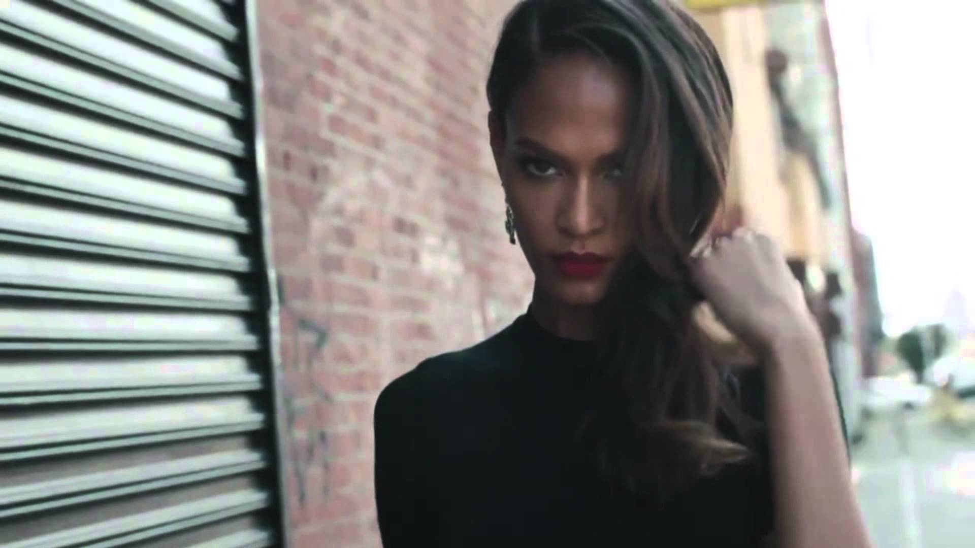 Joan Smalls Straight Hairstyles for black women