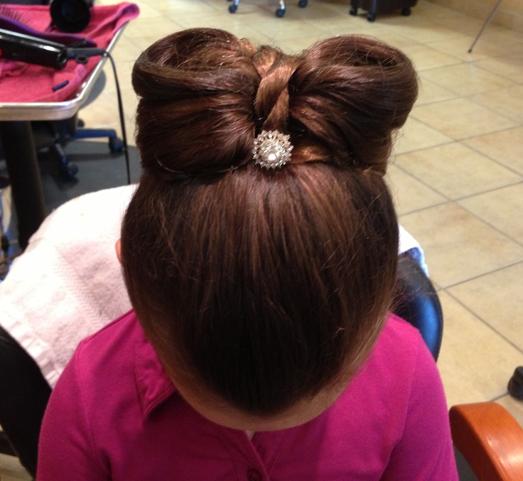 Glam Party Hairstyles for Kids