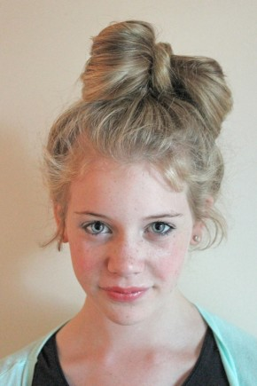 New Year Messy Bow Hairstyles for Kids