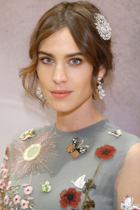 Alexa Chung Holiday Hairstyles 2016