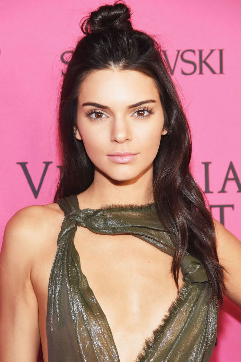 Kendall Jenner Holiday Hairstyles 2016