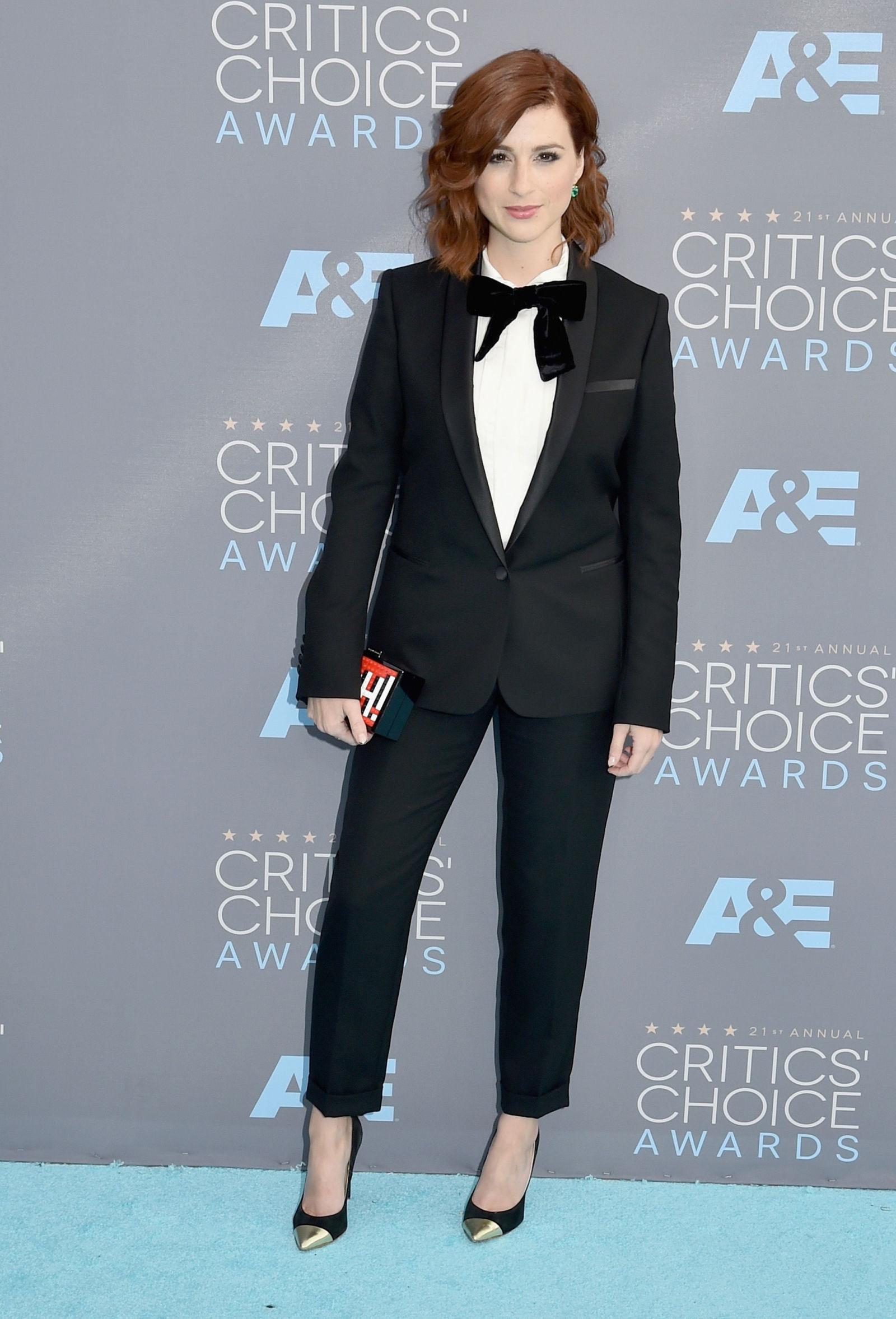 Celebrity Hair Style Cash Advance Critics Choice Awards