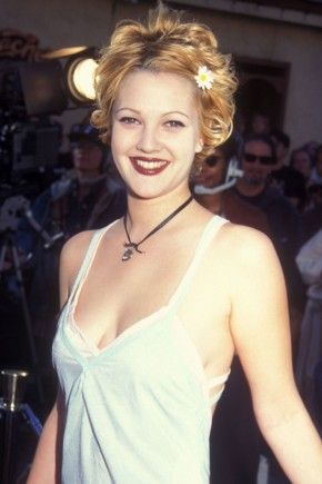 DREW BARRYMORE pixie haircuts