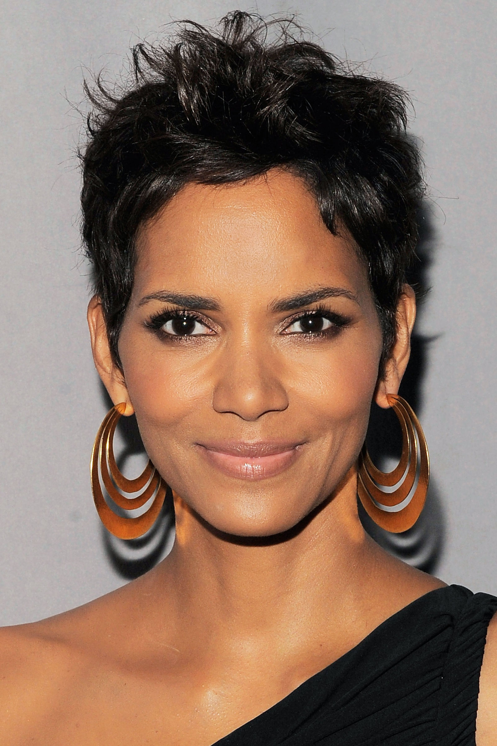Forever Adorable Pixie Haircuts | Hairstyles 2017, Hair ... Halle Berry