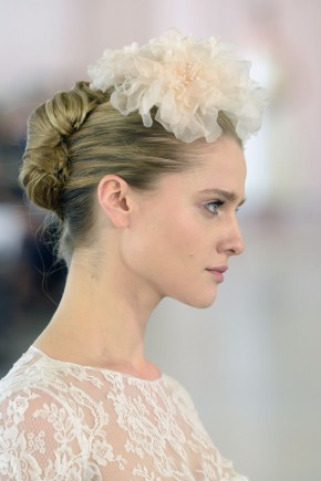 Oscar de la Renta Spring 2016 Wedding Hairstyles