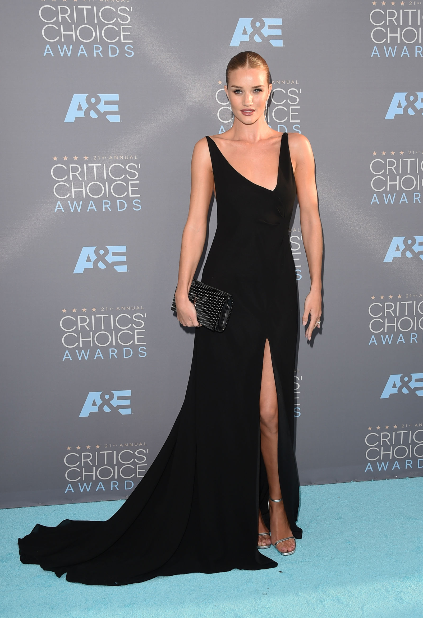 ROSIE HUNTINGTON-WHITELEY celebrity hairstyles 2016