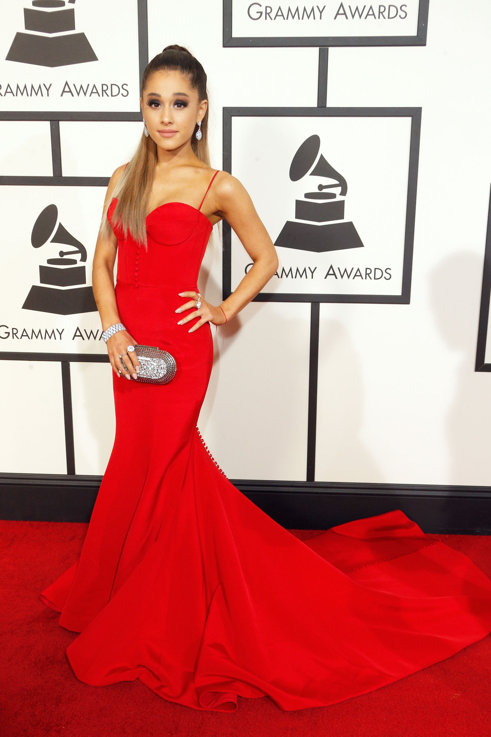 Ariana Grande Red Dress Grammy Awards 2016