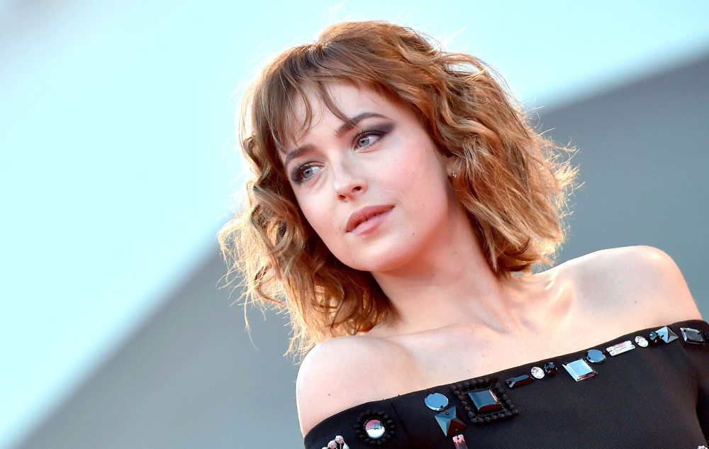 VENICE FILM FESTIVAL 2015 Dakota Johnson Bob HairCut