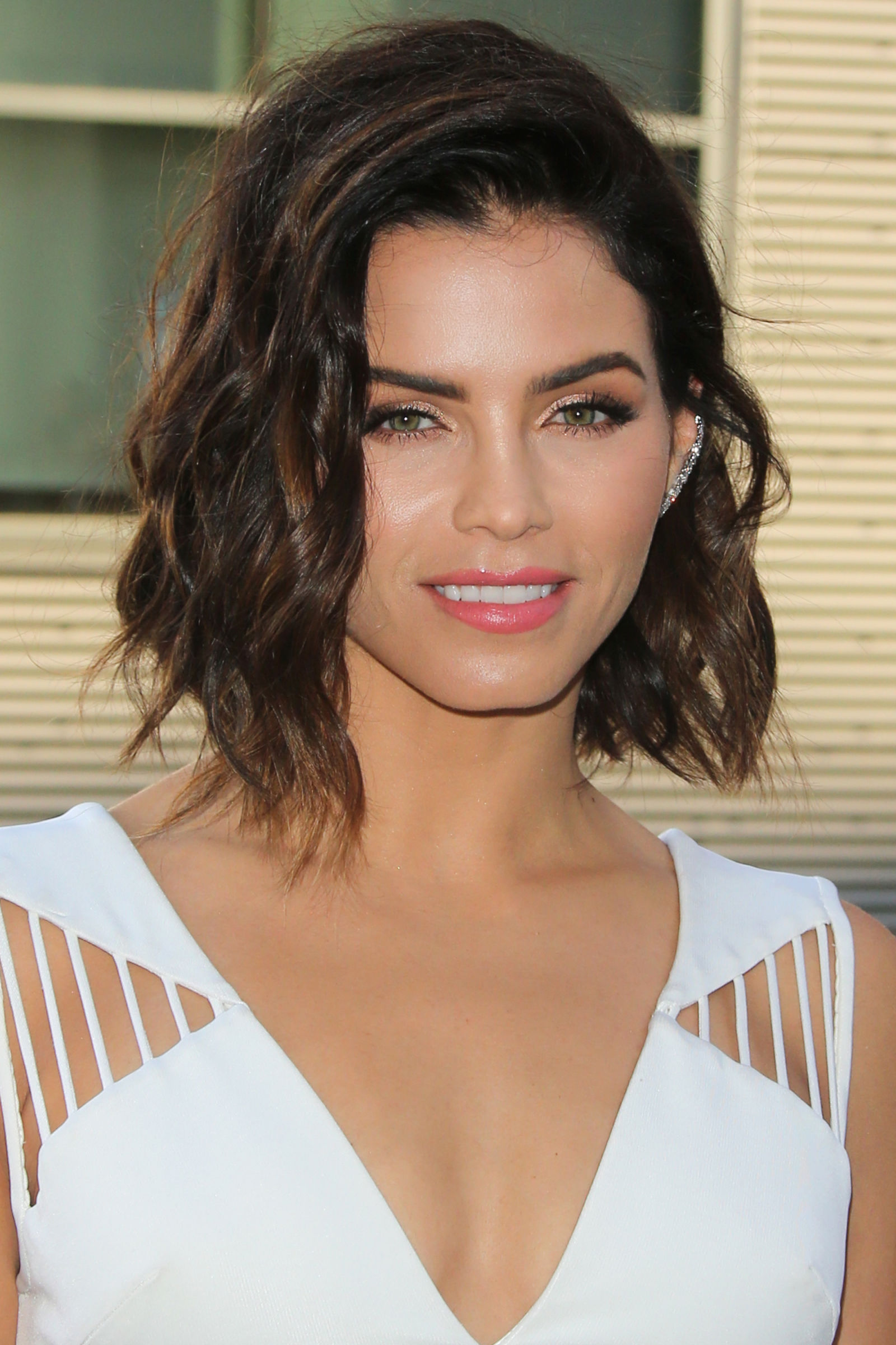 Magnificent Lively Celebrity Bob Hairstyles To Try Now Hairstyles 2016 Hair Hairstyles For Women Draintrainus