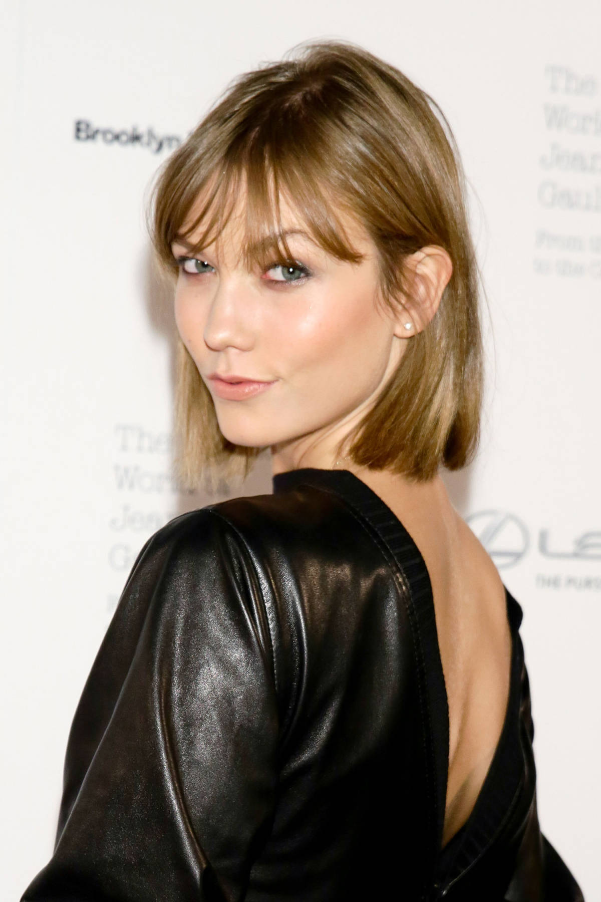 KARLIE KLOSS Celebrity Bob Haircuts 2016