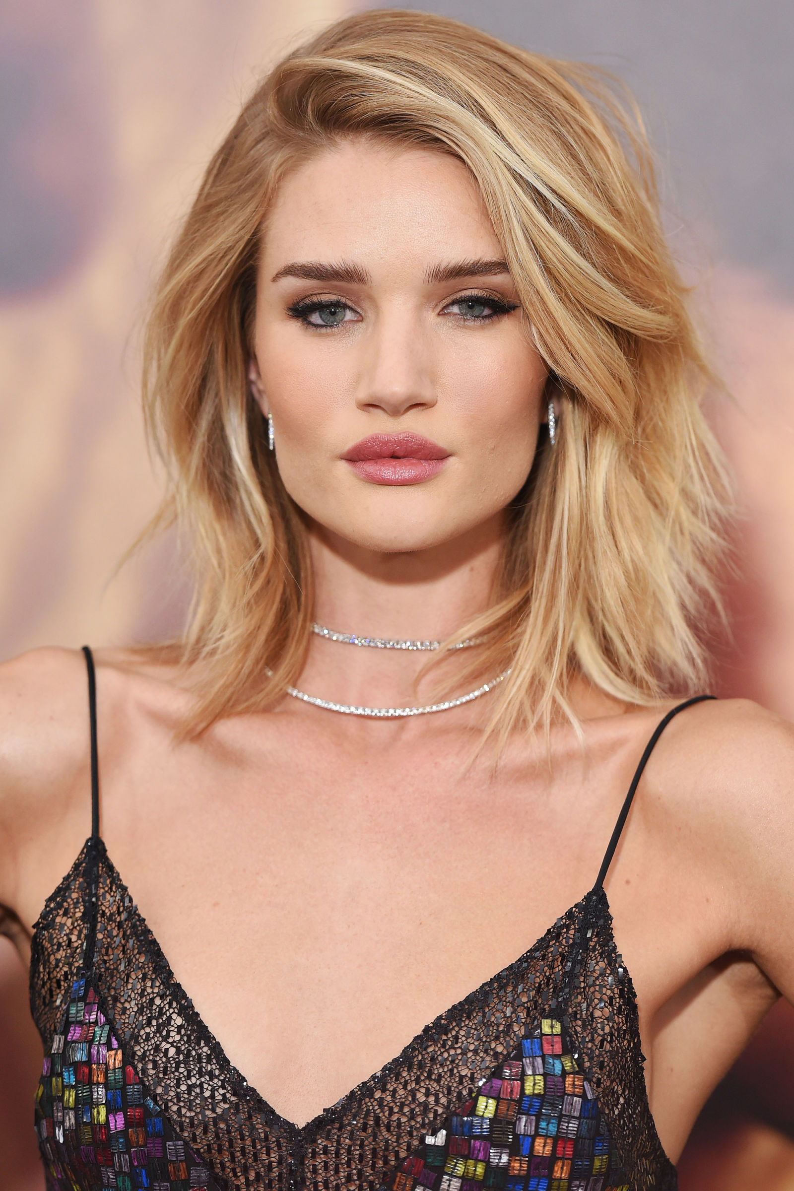 Rosie Huntington-Whiteley Celebrity Bob Haircuts 2016