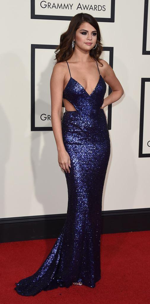 SELENA GOMEZ celebrity hairstyles 2016 Grammys