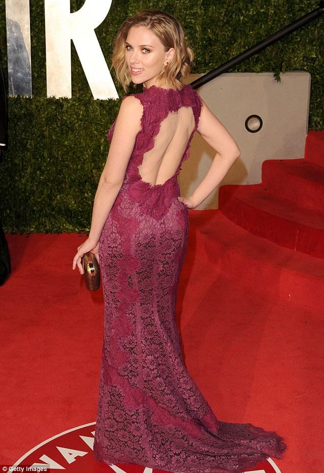 Scarlett Johansson Celebrity Oscars Hairstyles 2011