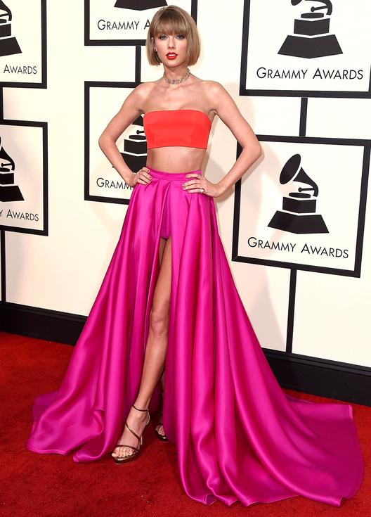 TAYLOR SWIFT celebrity hairstyles 2016 Grammys