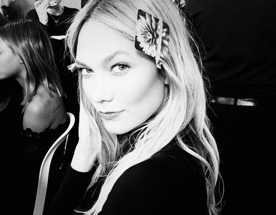 Fall 2016 Backstage hairstyles - Karlie Kloss at Balmain