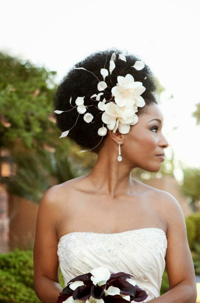 Afro wedding hairstyles with flowers