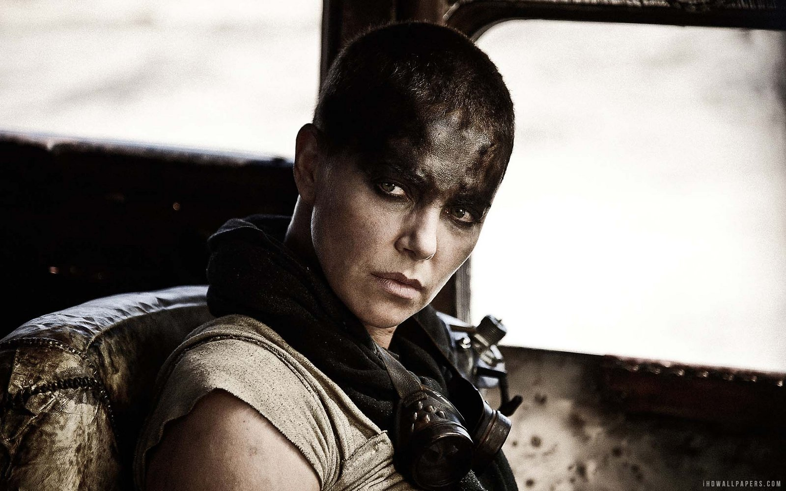 Charlize Theron buzz cut hairstyles