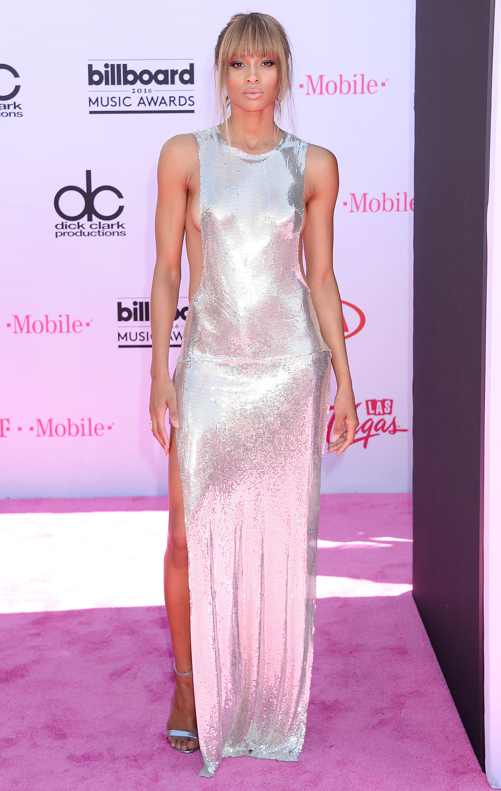 Ciara friges hairstyle at Billboards 2016
