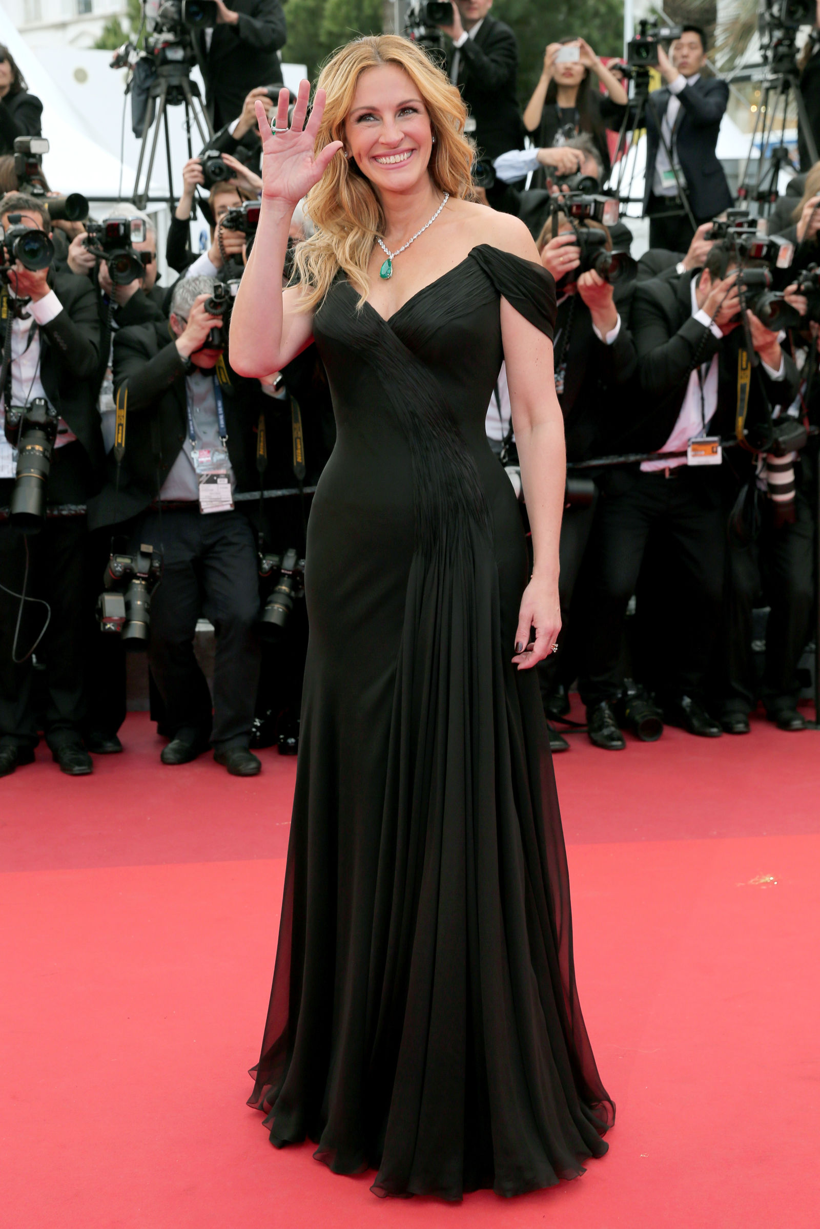 Julia Roberts hairstyles Cannes 2016