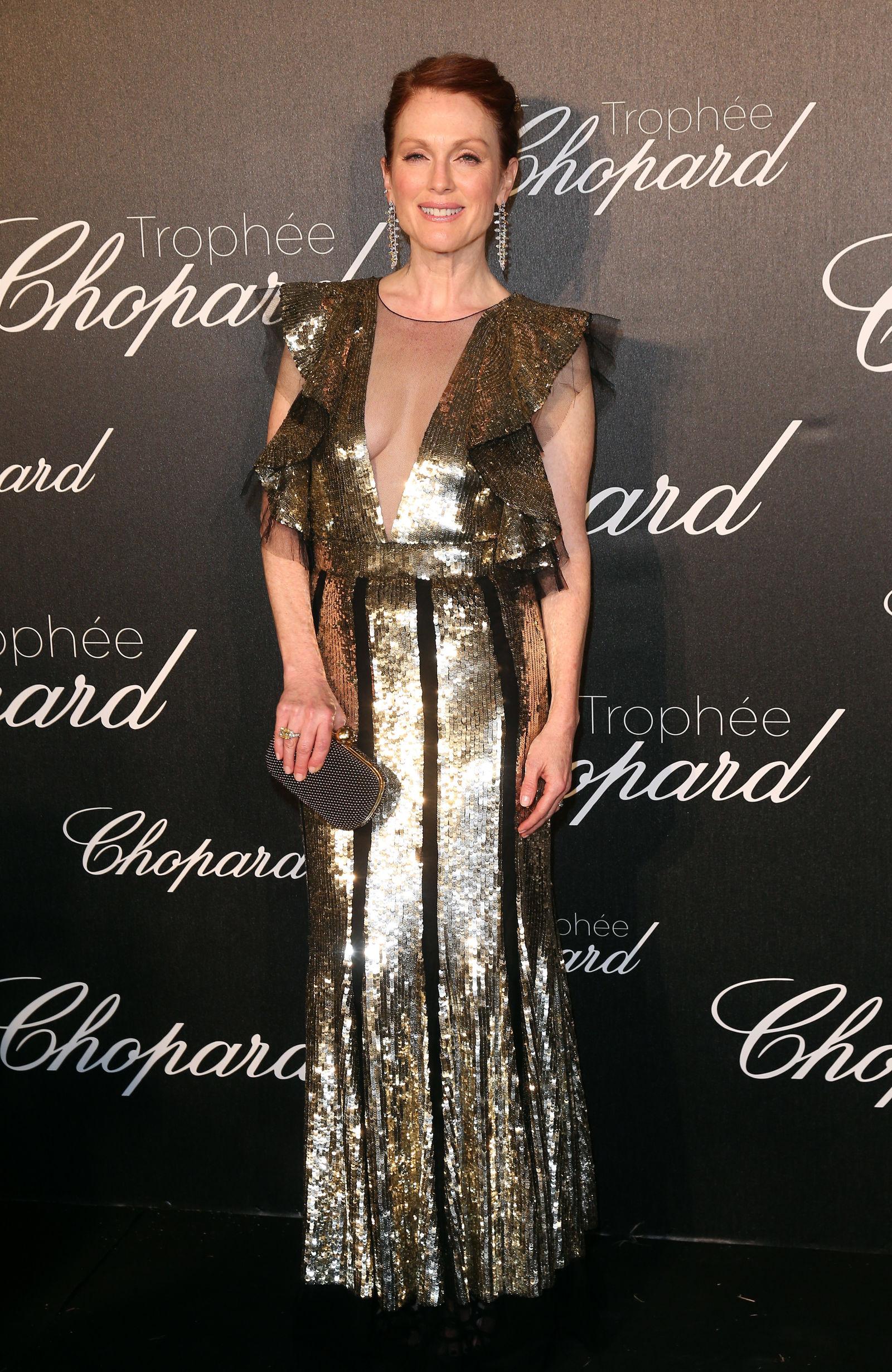 Julianne Moore hairstyles Cannes 2016