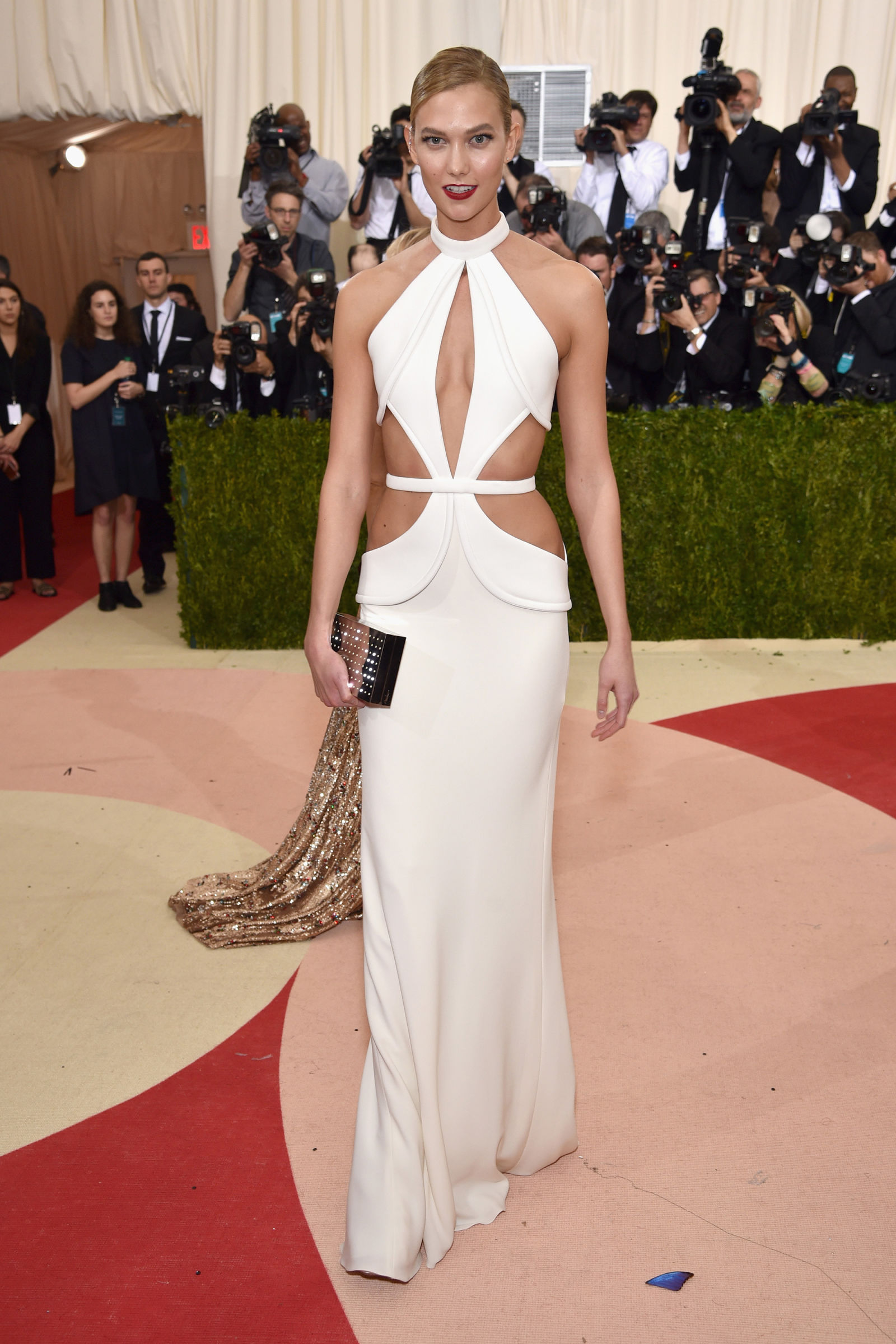 Karlie Kloss hairstyles at Met Gala 2016