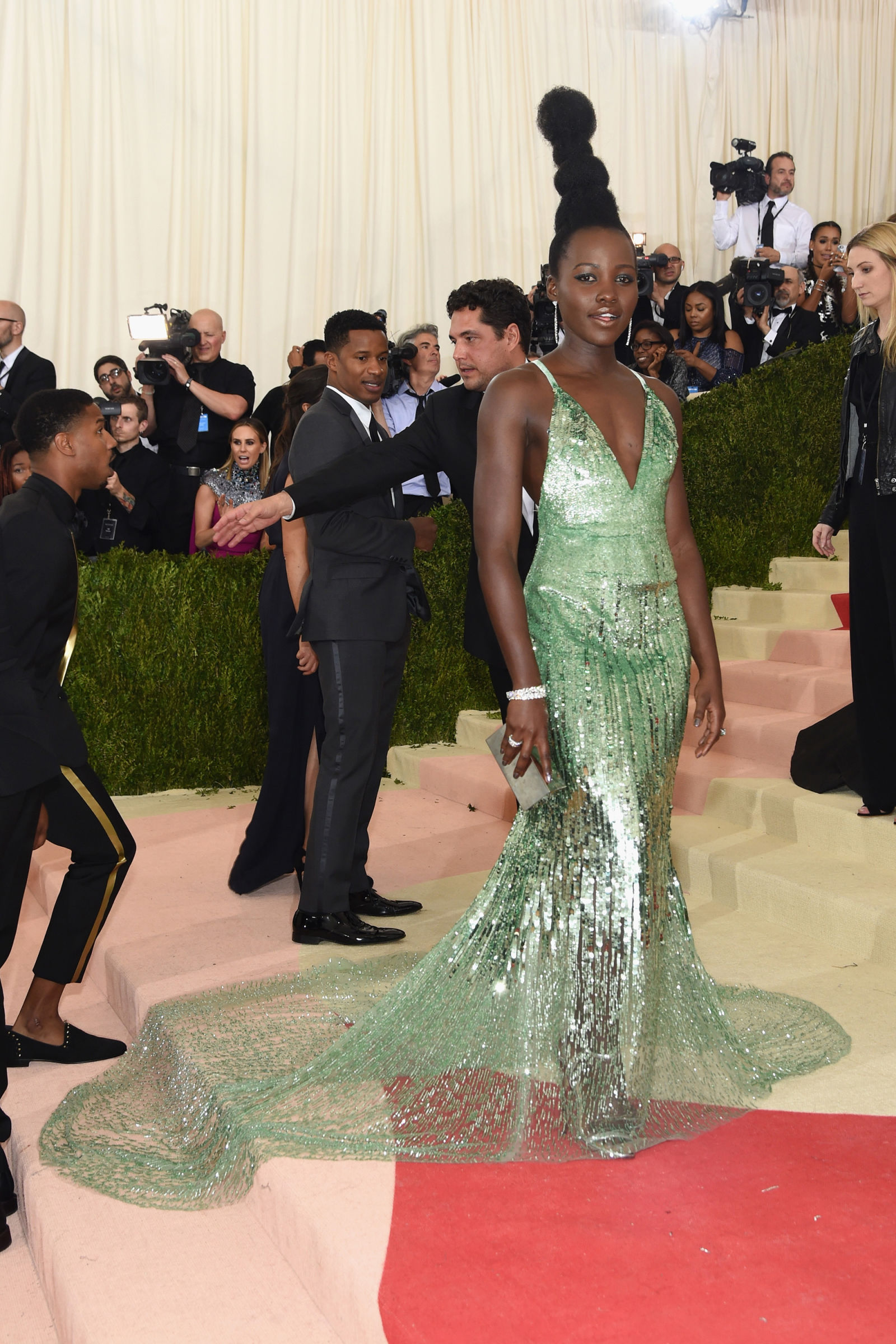 Lupita Nyong'o hairstyles at Met Gala 2016