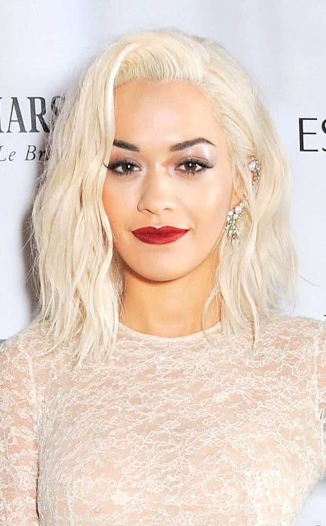 Rita Ora platinum blonde lob hairstyle